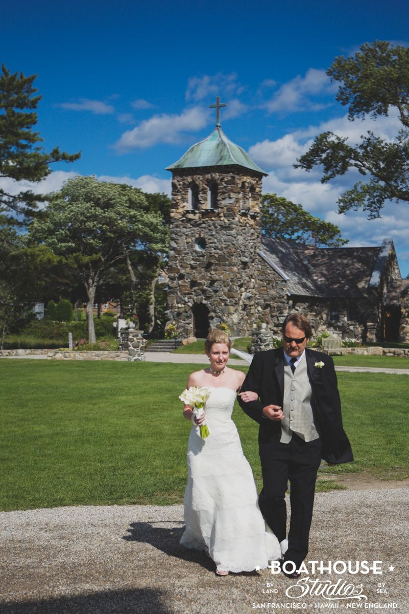Seaside Kennebunkport, Maine Wedding at St. Ann's Church and The Nonantum Resort.