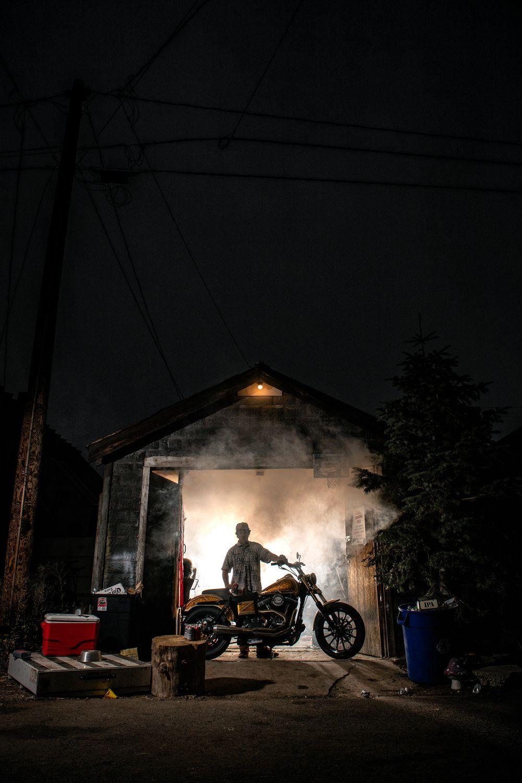 2020_Jbrew_Garage_Smoke_Backlit_JakePollock-2.jpg