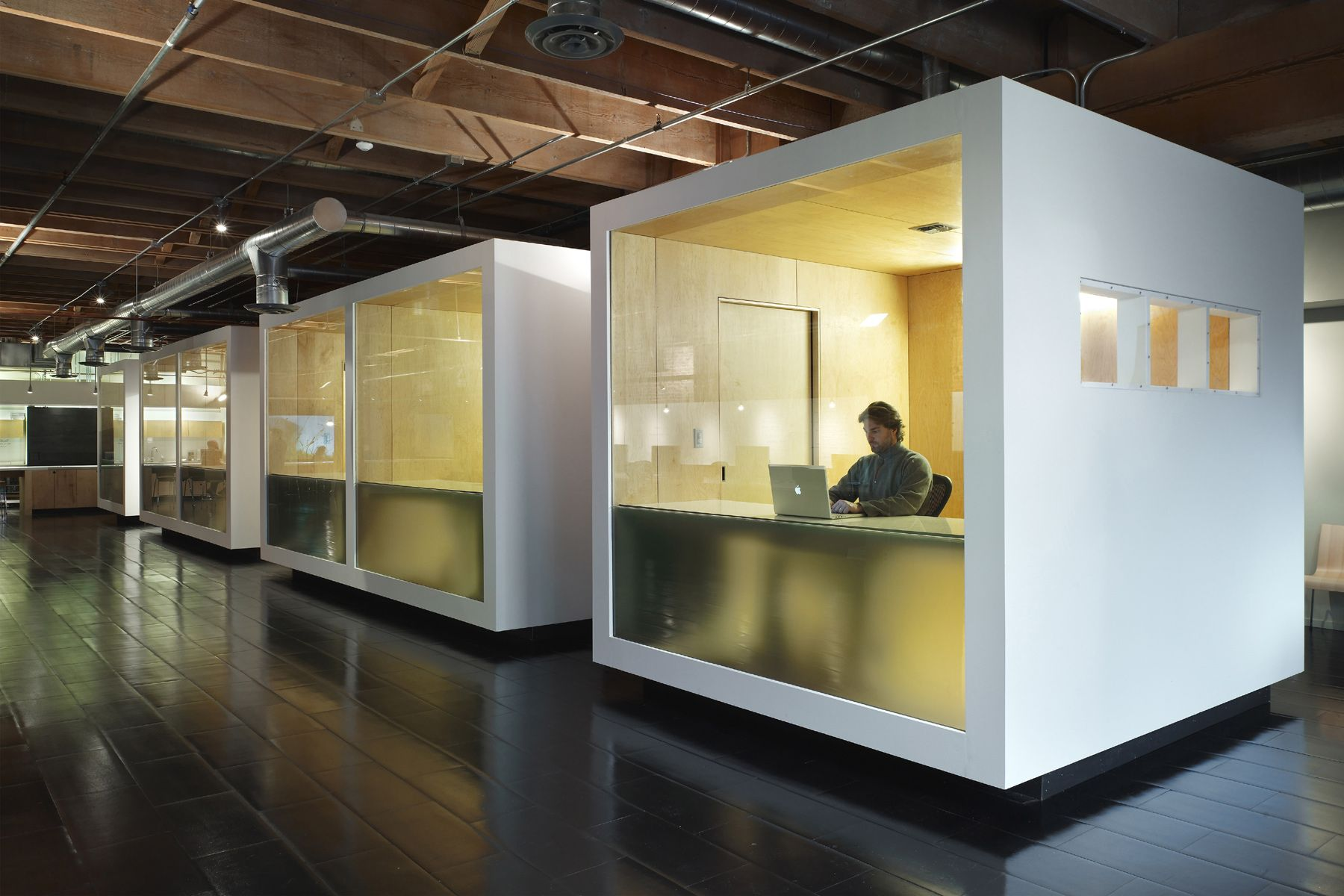 writable office