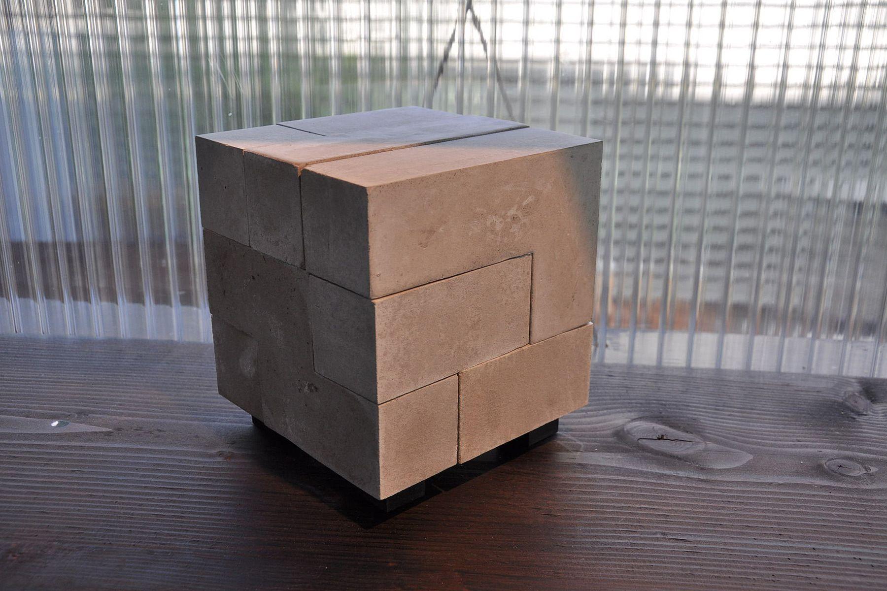 modern urn