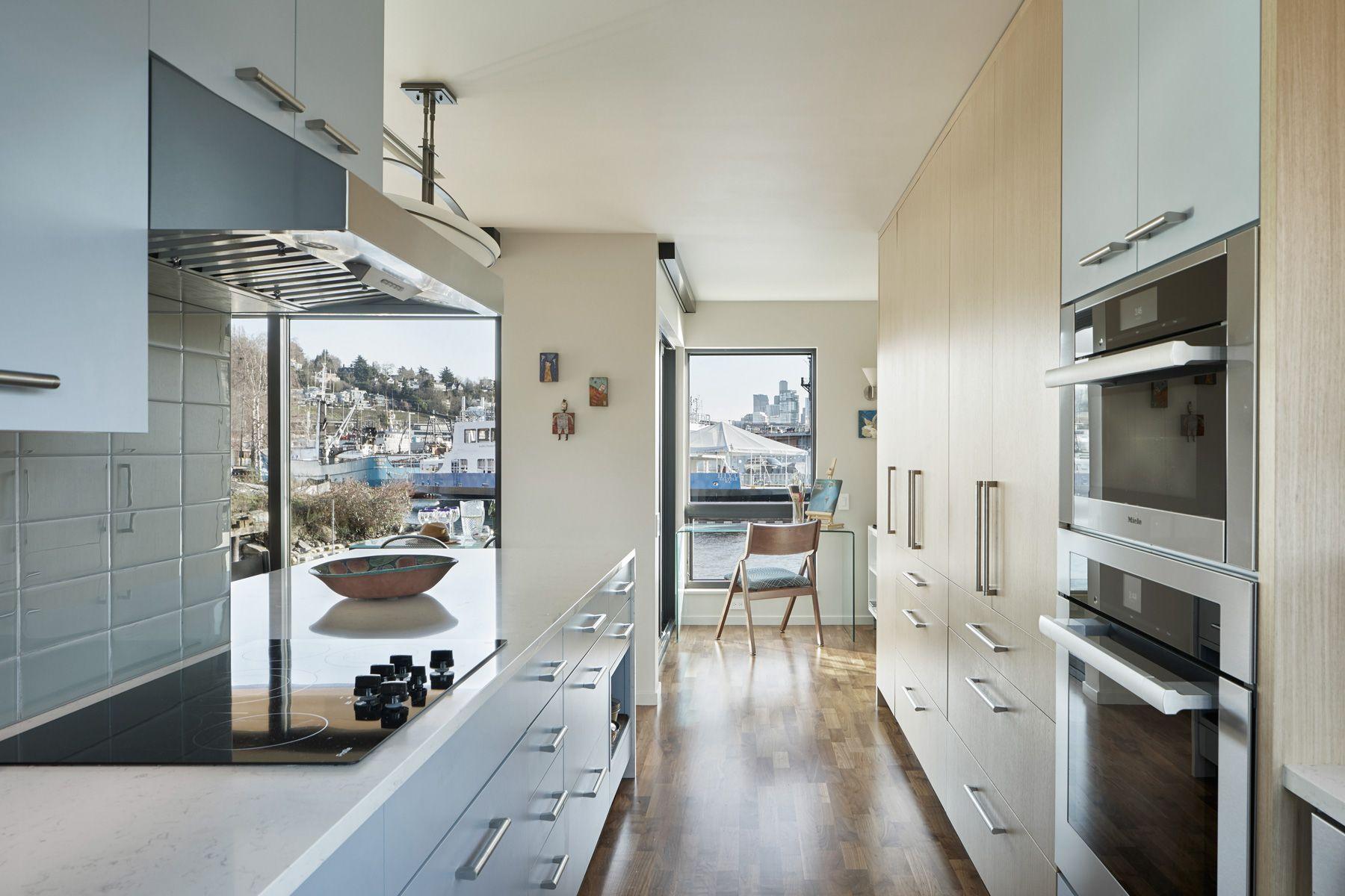 heron-house-boat-04.jpg