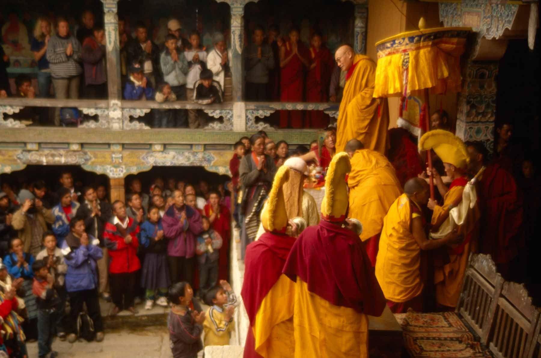 1r20100608_20100608_nepal_mr_0207