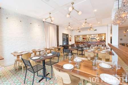 Restaurant 07-17.jpg
