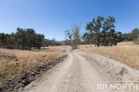 Ranch-Farm 22-28.jpg