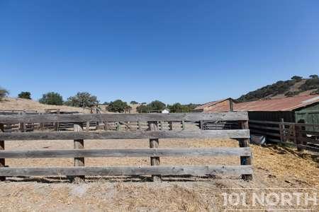 Ranch-Farm 27-50.jpg