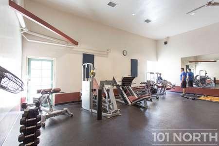 Gym 02-5.jpg