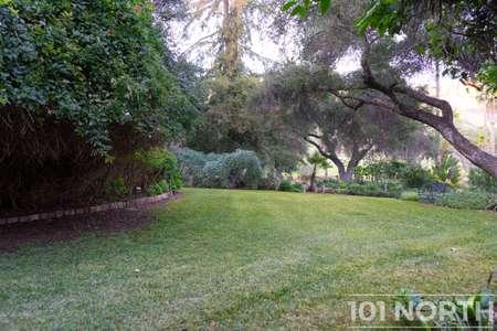 Garden 03-362.jpg