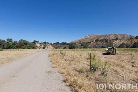 Ranch-Farm 22-21.jpg