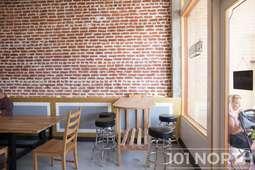 Restaurant 15-102.jpg