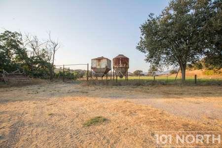 Ranch-Farm 01-76.jpg