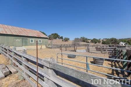 Ranch-Farm 27-53.jpg
