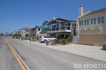 Beach House 02-38.jpg