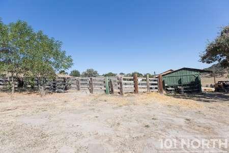 Ranch-Farm 27-49.jpg