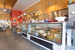Restaurant 03-2.jpg