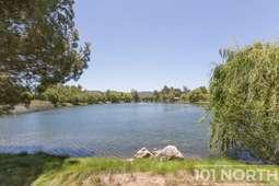Pond 02-31.jpg