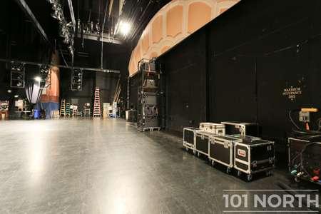 Theater 01-5.jpg