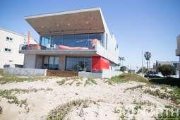 Beach House 10-142.jpg