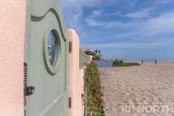 Beach House 17-67.jpg