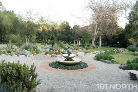 Garden 03-126.jpg