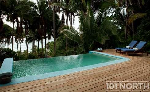 Beach House 15-75.jpg