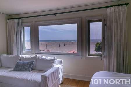 Beach House 17-13.jpg