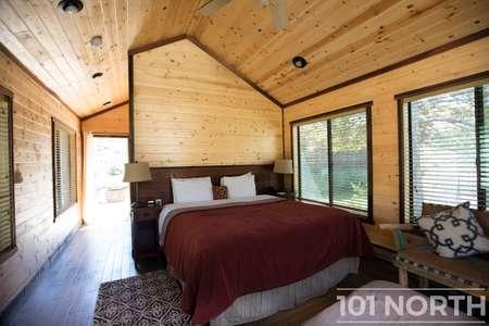 Cabin 02-18.jpg