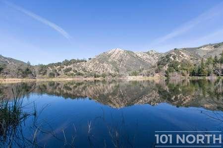 Pond 03-45.jpg