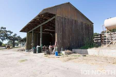 Ranch-Farm 27-22.jpg