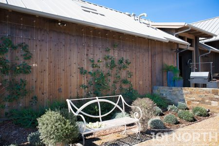 Farmhouse 02-36.jpg