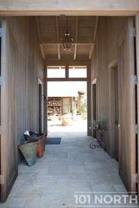 Farmhouse 02-33.jpg