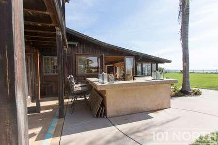 Beach House 14-33.jpg