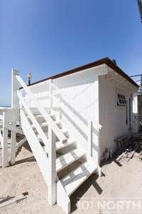 Beach House 15-31.jpg