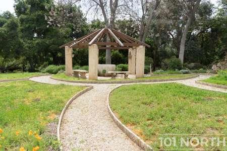 Garden 03-109.jpg