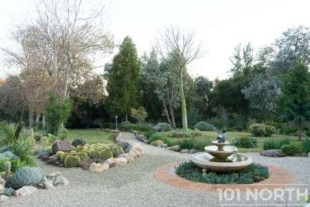 Garden 03-125.jpg
