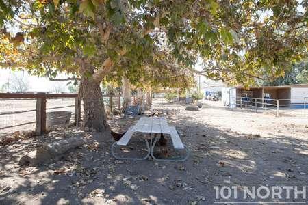 Ranch 20-02.jpg