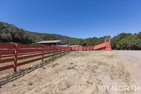 Ranch-Farm 22-16.jpg
