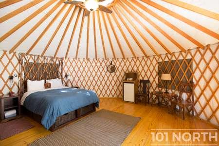 Cabin 02-3.jpg