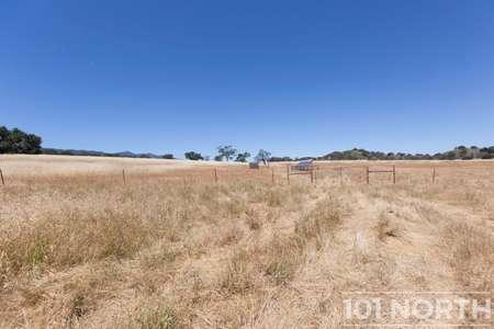 Ranch-Farm 22-41.jpg