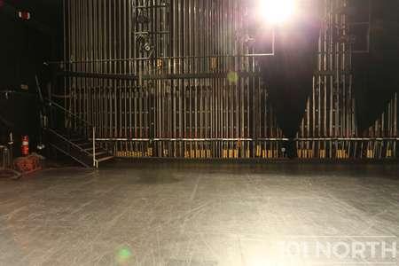 Theater 01-4.jpg
