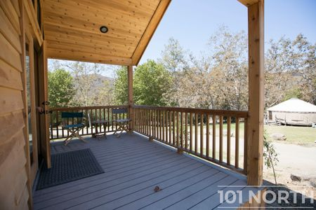 Cabin 02-19.jpg