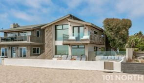 Beach House 22-39.jpg