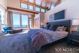 Beach House 05-126.jpg