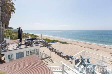 Beach House 15-35.jpg