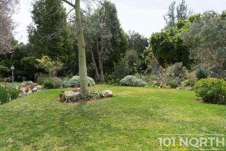 Garden 03-110.jpg