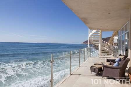 Beach House 03-41.jpg