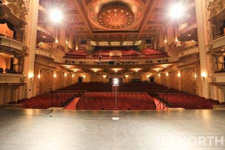 Theater 01-10.jpg