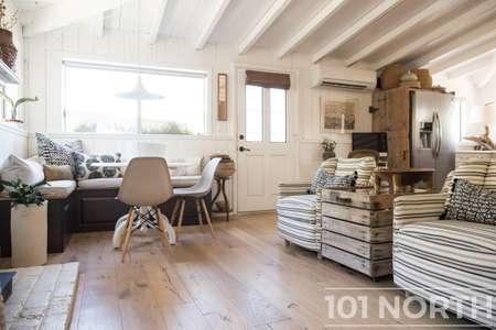 Cottage 02-221.jpg