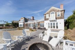 Beach House 01-45.jpg