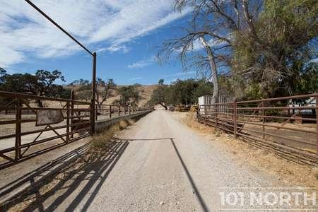 Ranch-Farm 01-41.jpg