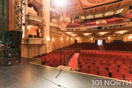 Theater 01-12.jpg